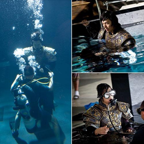 """Cảnh bơi """"nguy kịch"""" của Lee Min Ho - 1"""