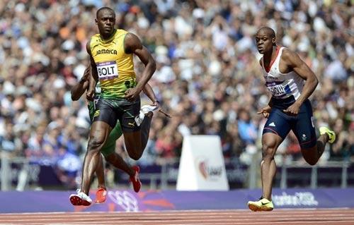 Usain Bolt chạy 100m trên 10 giây! - 1