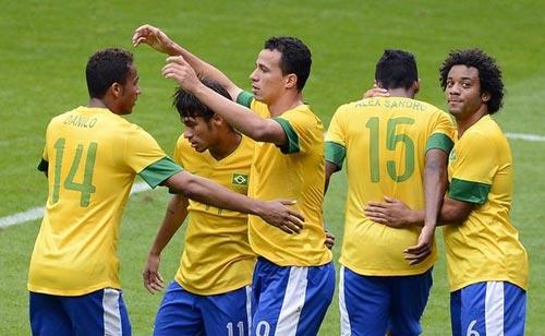 Brazil & HCV: Không bây giờ thì bao giờ? - 1