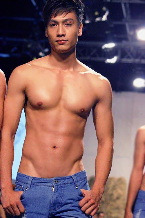 8 người mẫu nam sexy nhất làng mốt Việt - 13