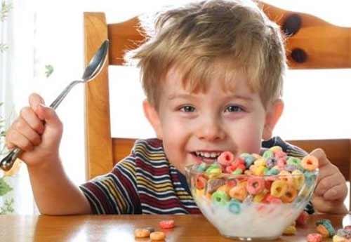 Trẻ ăn quà vặt thường có chỉ số IQ thấp - 1