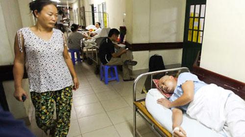 """Bệnh viện nào """"phóng"""" giá lên sẽ bị gạt - 1"""