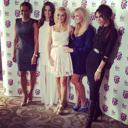 Lộ ảnh Spice Girls tập luyện trước bế mạc Olympic - 1