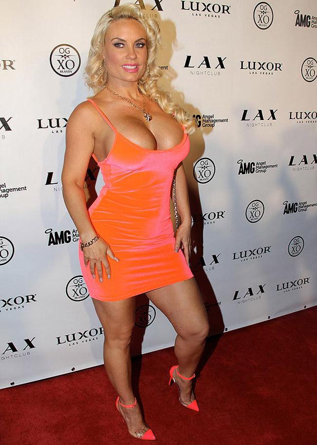 Người mẫu playboy 33 tuổi Coco Austin