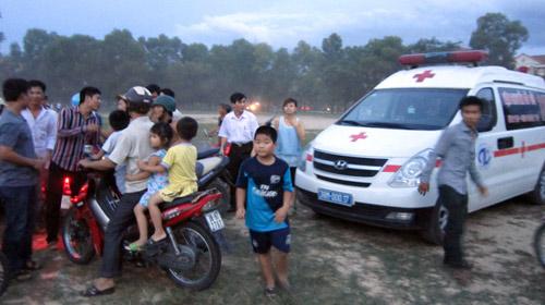 Hà Tĩnh: Thuê trực thăng cấp cứu vẫn mất chân - 1