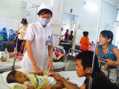 Dịch bệnh bùng phát trước ngày tựu trường - 1