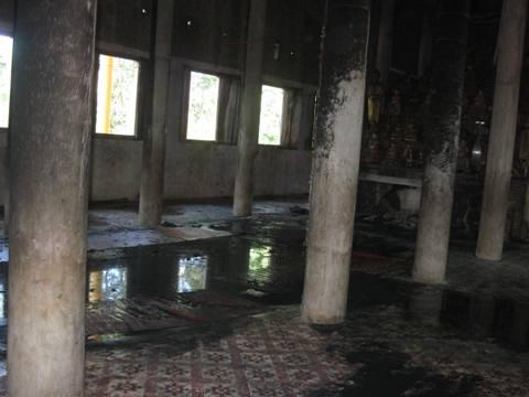 Hỏa hoạn thiêu cháy nội thất chùa cổ 800 năm - 1