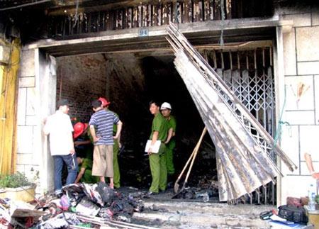 Cháy ở phố cổ Hội An, cả nhà bỏng nặng - 1