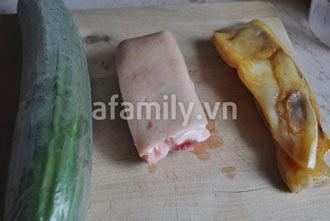 Giòn mát món dưa leo trộn khô cá thu - 1