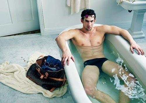 Sốc: Michael Phelps bị tước HC Olympic? - 1