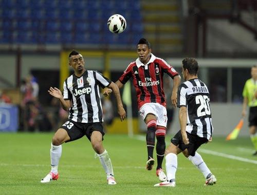 Milan - Juventus: Bẽ mặt chủ nhà - 1
