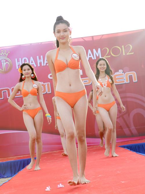 Hoa hậu VN: Đã bắt đầu thi Hoa hậu biển - 1