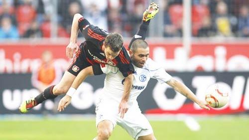 Bundesliga: Sức sống mới nhóm tranh vé dự Cúp châu Âu - 1