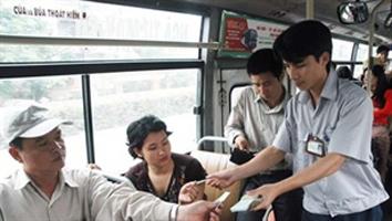 Từ 1/10, Hà Nội tăng giá vé xe buýt - 1