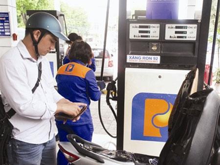 Tiếp tục tính đến tăng giá xăng - 1