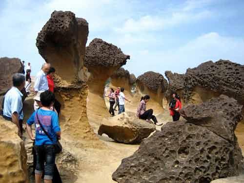 Sắc đá kỳ quặc ở 'mũi đất ma quỷ Yehliu' - 1
