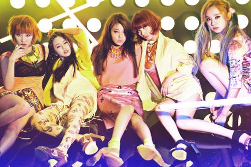 Tháng 11, Wonder Girls sang Việt Nam - 1