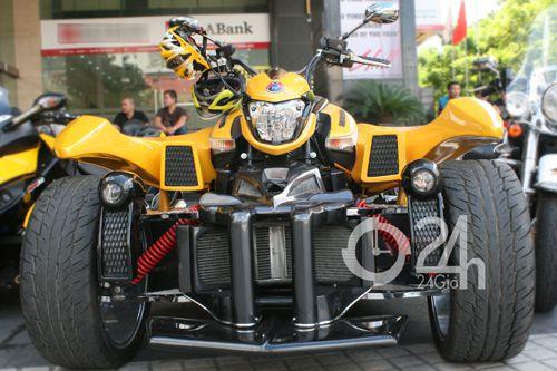 """Cận cảnh dàn xe mô tô """"khủng"""" tại Sài Gòn - 1"""