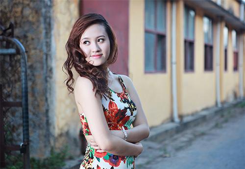 Thiếu nữ Vinh khoe vẻ đẹp căng tràn - 1