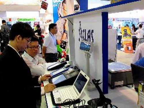 Công bố Sách trắng về CNTT-TT Việt Nam 2012 - 1