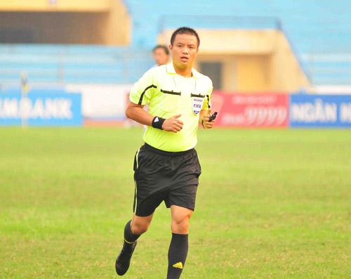 TT Võ Quang Vinh đoạt Còi vàng 2012 - 1