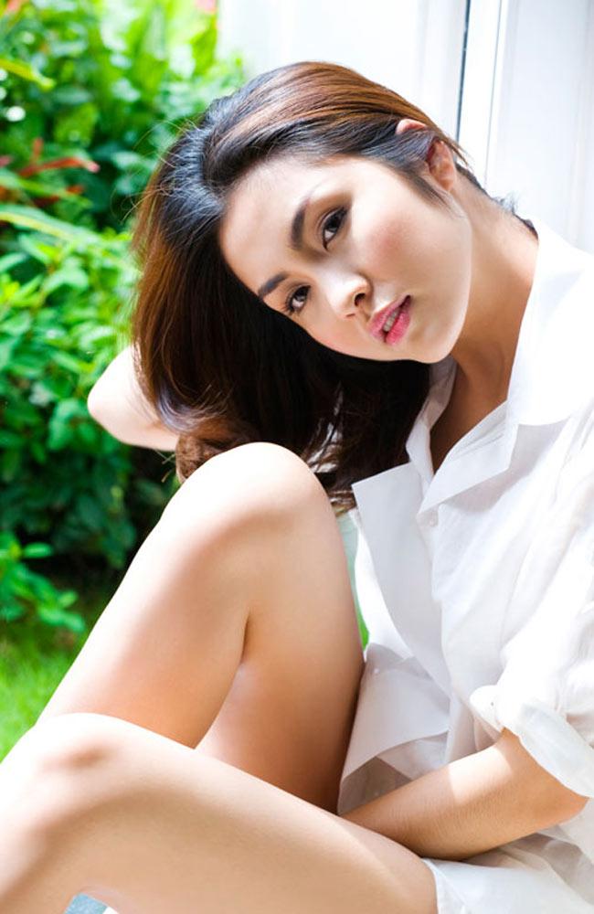 Vai diễn đầu tay của cô khi 16 tuổi là vai Trang trong phim Dốc tình. Khi kết thúc phim, Tăng Thanh Hà đã khóc vì xúc động.
