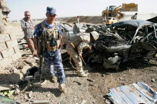 Đánh bom đẫm máu tại Iraq, 100 người chết - 1
