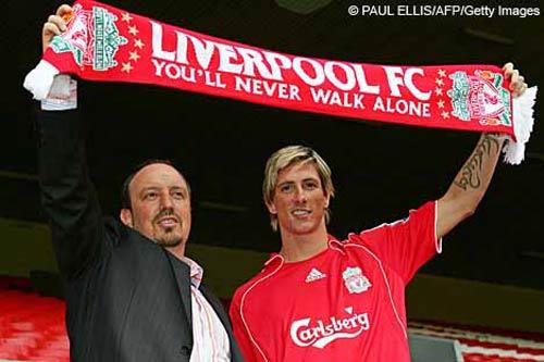 """Liverpool đã """"bắt cóc"""" Torres thế nào? - 1"""