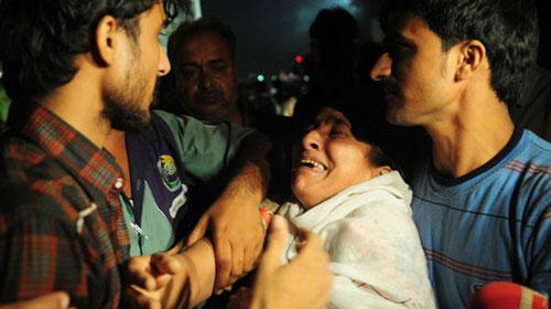 Pakistan: Số người chết cháy tăng lên 314 - 1
