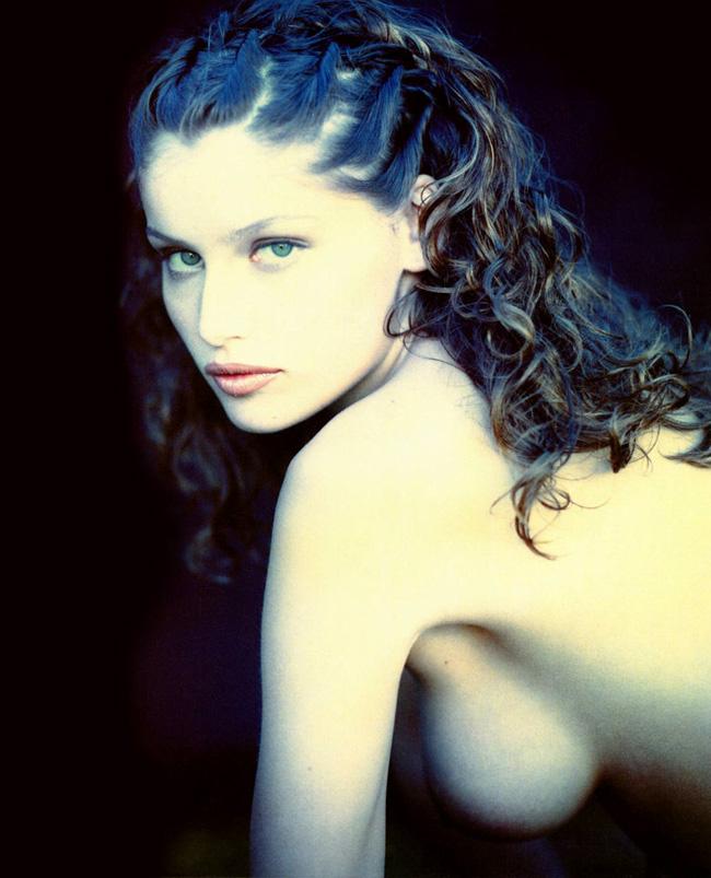 Laetitia casta là diễn viên người Pháp.Cô xuất thân là một siêu mẫu quốc tế.