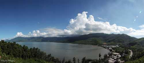 Bồng bềnh mây núi Lăng Cô - 1
