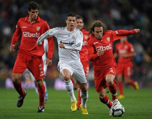 La Liga trước vòng 4: Dễ Real, khó Barca - 1