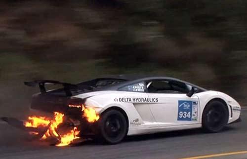 Lamborghini Gallardo bị triệu hồi vì có nguy cơ cháy - 1