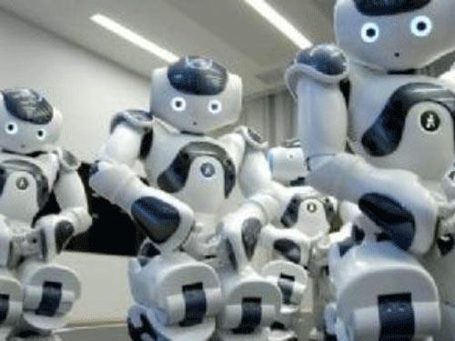 Nhật: Phát minh robot thi đại học - 1