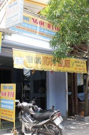 """Vụ cướp tiệm vàng """"độc và lạ"""" ở Sài Gòn - 1"""
