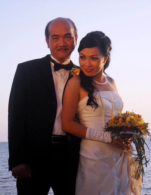Phương Thanh lần đầu làm cô dâu - 1