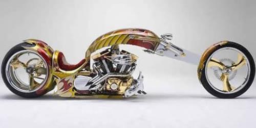 Xe máy khủng dát vàng - 1