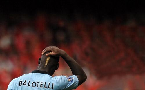 Balotelli trở lại nhưng không lợi hại - 1