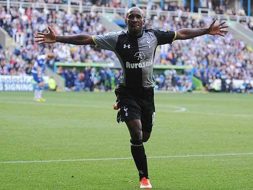 Reading - Tottenham: Chiến thắng đầu tay - 1