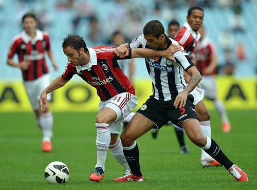 Udinese - Milan: Chưa qua cơn bĩ cực - 1