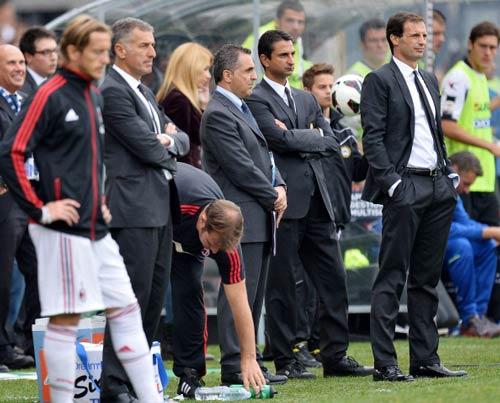 Milan – Cagliari: Người khốn gặp kẻ khó - 1