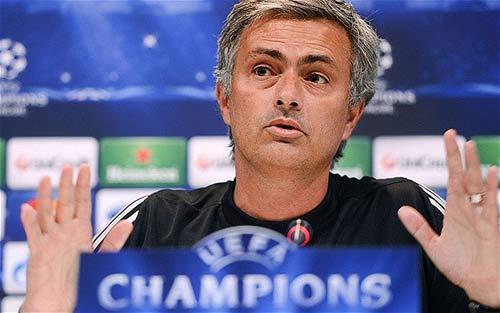 """Mourinho mơ được """"bất tử"""" như Sir Alex - 1"""