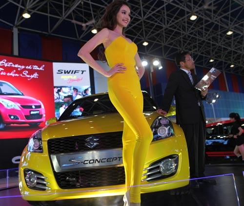 Vietnam Motor Show 2012: Tưng bừng, hoành tráng - 1