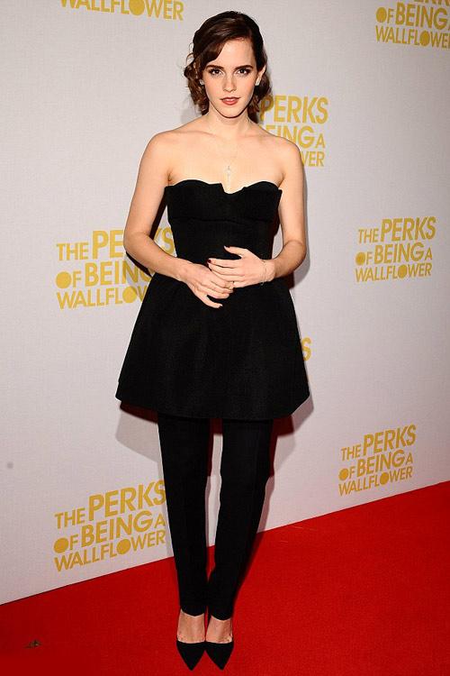 Emma Watson và thời trang khác người - 1