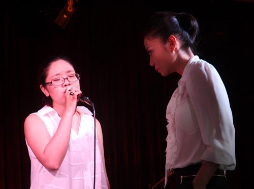 Học trò Thu Minh hăng say tập hát - 1