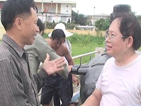Hậu duệ cụ Phan Bội Châu chế tạo tàu ngầm - 1