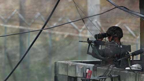 Triều Tiên điều dàn pháo mới dọc biên giới HQ - 1