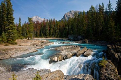 Ngỡ ngàng vẻ đẹp Vườn Quốc gia ở Canada - 1