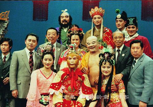 Khán giả Việt khiến ĐD Tây Du Ký xúc động - 6