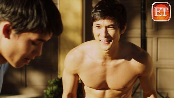 Phim đồng tính xúc động nhất đổ bộ rạp Việt - 1